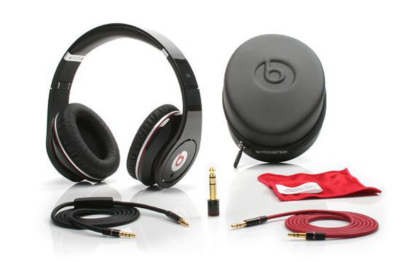 ipod accessories headphones home audio  The Headphones With A Monstrous Beat