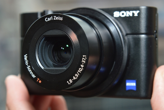 Sony RX100: Like Having an SLR in Your Pocket?